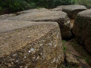 pyramidalni-platy-lity-beton.jpg